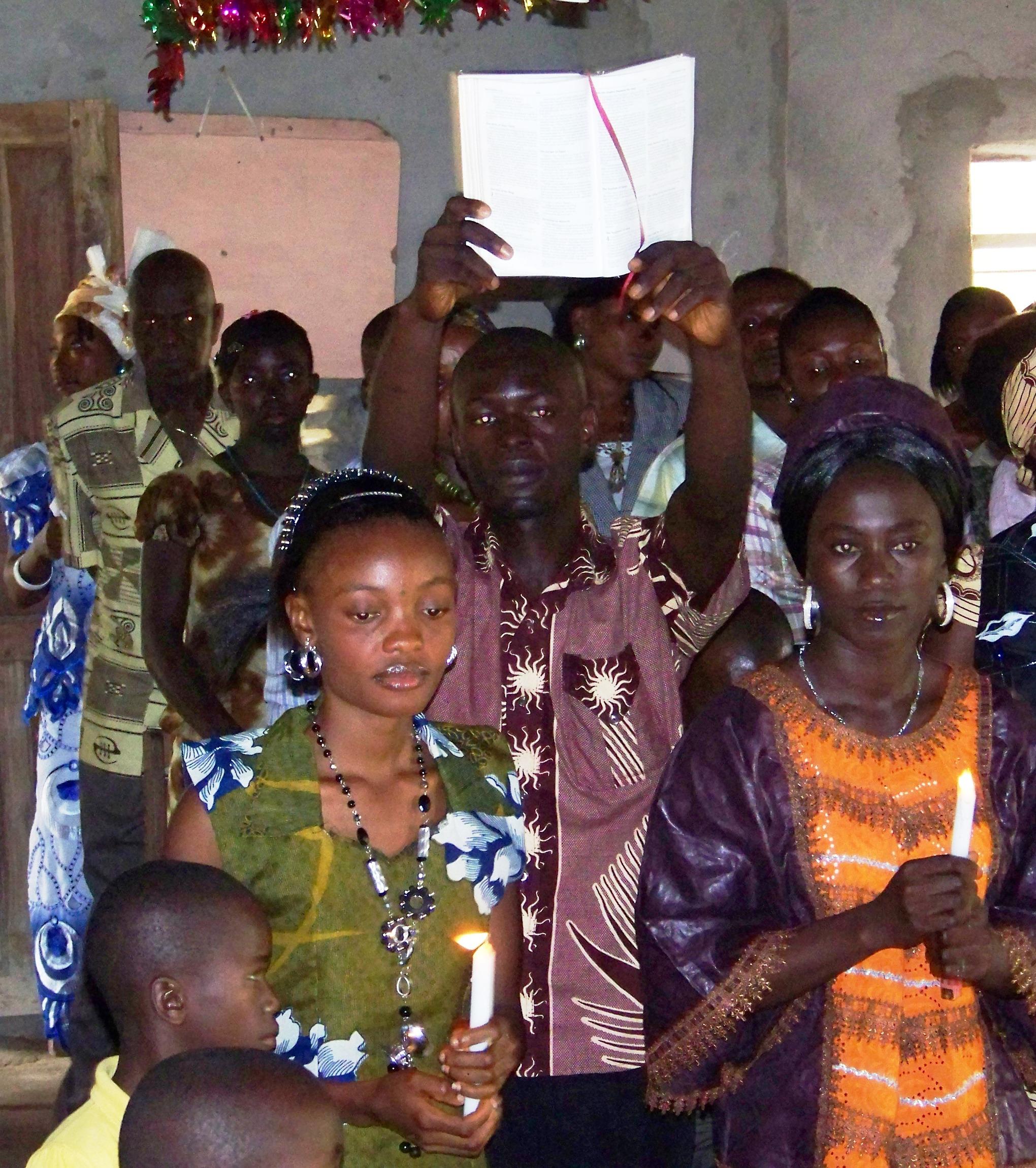 Dancing the good news: gospel processional, King of Glory, Njala